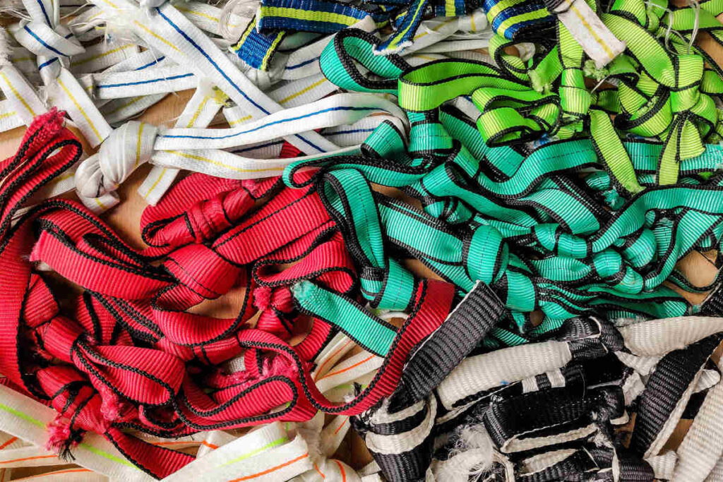 webbing knots influence on breaking strenght