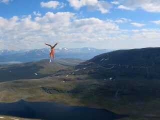 And it's a new WORLD RECORD!!! Our Athlete @lukasirmler has walked this 2130m long Highline of the @northernlines_slackline project without falling and now shares the record of the longest highline-send with @quirinherterich . Congrats to both of you! But then Lukas has challenged gravitiy even more and started hand balancing on this wobbly monstre that was rigged in 600m height!! What a view he must have had while being upside-down...  On the second picture you can see Lukas walking the last meters of the line. The line has been set with the use of different webbings. The part on the picture is rigged on @slacktivity - Y2K webbing - a hightech-webbing that has been developed specially to walk huge lines.  To see more pictures, impressive videos and other insights into the project, follow @lukasirmler and @northernlines_slackline  #highline #slacklife #worldrecord #handbalance #handstand #dreamproject #slacktivity #slackline #lukasirmler